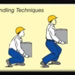 Mengangkat beban manual secara benar